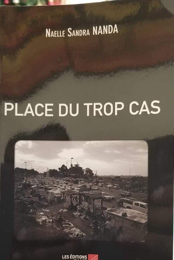 Place du Trop Cas, le livre qui parole