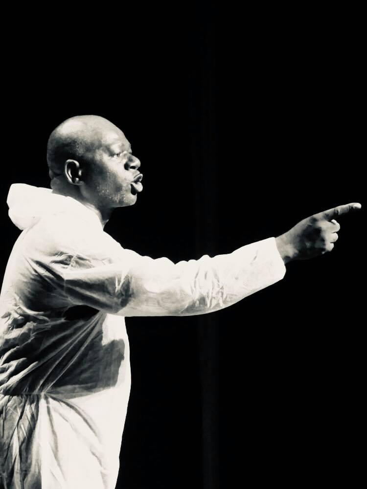 Michel Ndaot « Mon combat est d'hurler au monde que le théâtre Gabonais existe!»